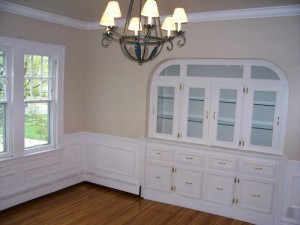 houses for rent on on Chadbourne Road, Shaker Heights, Ohio - dining room