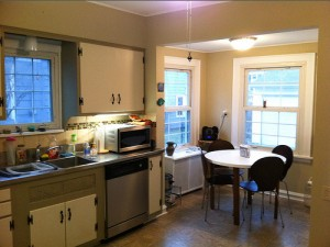 House for Rent in Cleveland, Elsmere Colonial kitchen2