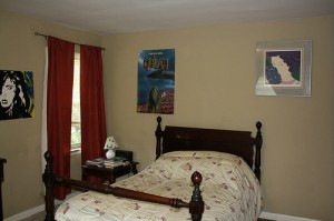 Homes for Rent Cleveland Heights Ohio, Forest Hill bedroom