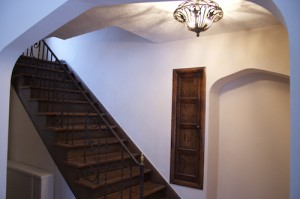 Homes for Rent Cleveland Ohio on Glynn Road stairway