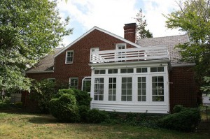 House for Rent in Cleveland on Hollister Rd back