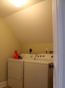 Cleveland Homes for Rent in Tremont laundry room