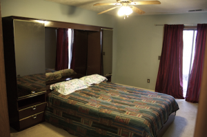 Homes for Rent Cleveland Ohio on Mayfield Rd bedroom