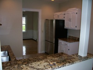 homes for rent on on Chadbourne Road, Shaker Heights, Ohio - kitchen