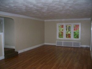 Houses for rent on Chadbourne Road, Shaker Heights, Ohio - livingroom