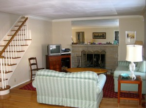 Homes for Rent Cleveland Heights Ohio, Forest Hill living room