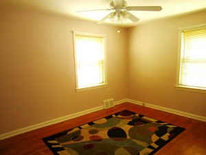 Homes for Rent Cleveland Ohio on Fenley Rd dining room