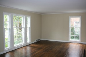 House for Rent in Cleveland on Hollister Rd living room
