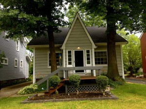 Homes for Rent Cleveland Heights Ohio on Kirkwood Rd front