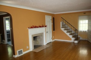 Homes for Rent Cleveland Heights Ohio on Kirkwood Rd living room