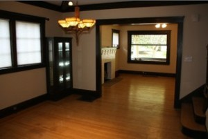 Homes for Rent Cleveland Ohio on Lake Avenue dining room