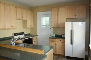 Cleveland Heights Homes for Rent on Maple Rd kitchen