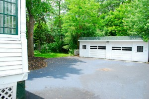 Cleveland Heights Homes for Rent on Maple Rd garage
