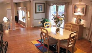 Cleveland Homes for Rent on Coronada Drive dining room