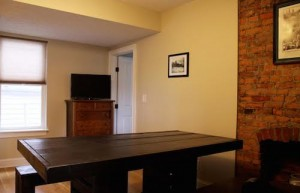 Cleveland Homes for Rent in Tremont desk
